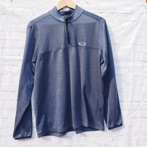 Mens Oakley pullover size large